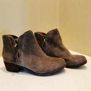 Lucky Brand Brenon Suede Boots 6